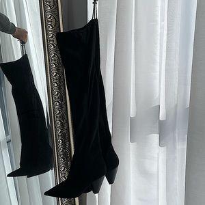 Thigh high black boots | velvet boots